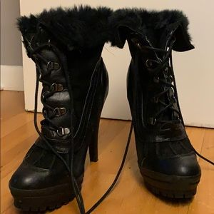 Black Lace Up Heeled Winter Boots